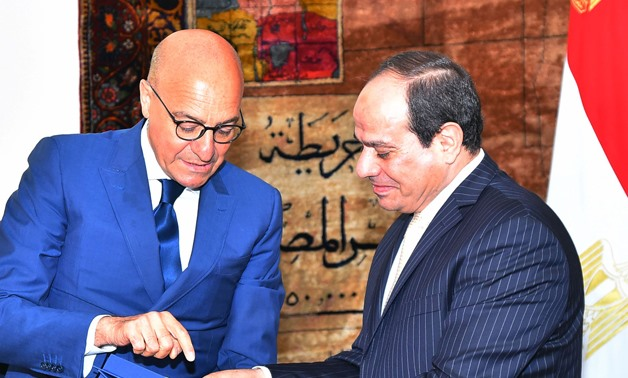 President Abdel Fatah al-Sisi (R) with Chairman of the Italian Senate's Defense Committee, Nicola Latorre (L) – Press Photo