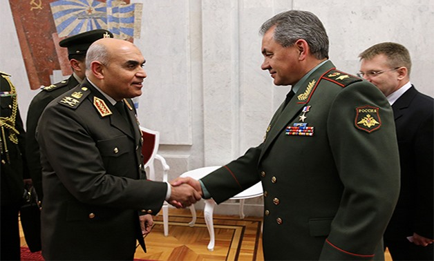 General Sedqi Sobhi shake hands with a Russian Military General - Ministry of Defence of the Russian Federation