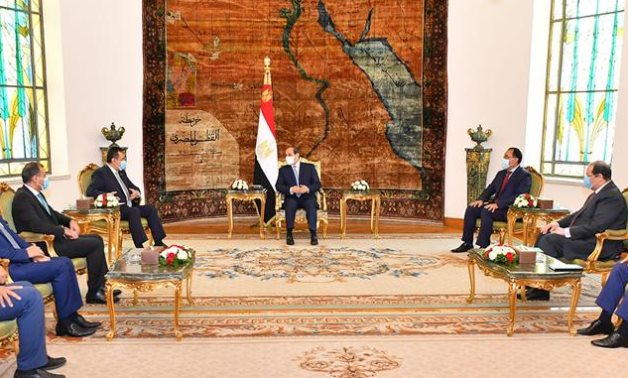 Egyptian President Abdel Fatah el-Sisi meets with Yemeni Prime Minister Maeen Abdulmalik Saeed and his accompanying delegation- Press photo
