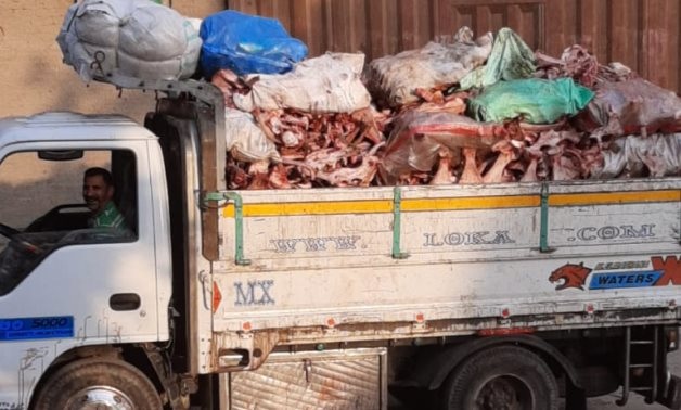 A pick-up truck is carrying animal bone waste in Egypt- Egypt Today/ Aya Deibis