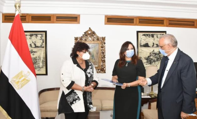 Egypt's Minister of Culture Inas Abdel Dayem received Rasha Ghoneim, the granddaughter of Abdel Salam Aref, in the presence of Head of the National Organization for Cultural Coordination Mohammad Abu Saada.