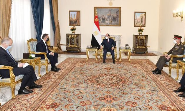 President Abdel Fattah El Sisi meets with Greek Defense Nikolaos Panagiotopoulos in Cairo- press photo