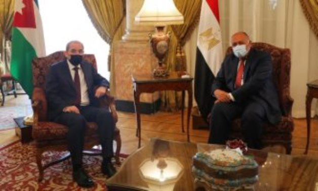 Minister of Foreign Affairs Sameh Shokry (r) and his Jordanian counterpart Ayman al-Safdy in a meeting in Cairo on February 8, 2021. Press Photo