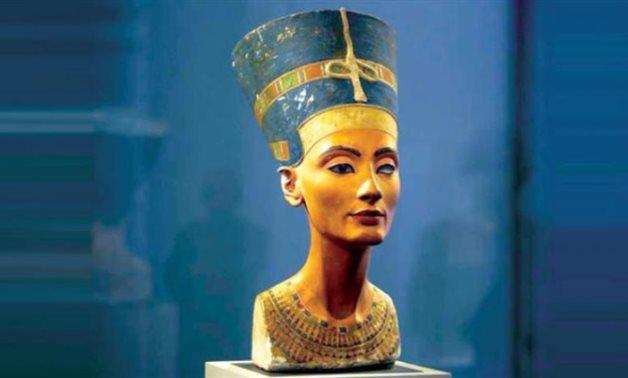 FILE - Queen Nefertiti