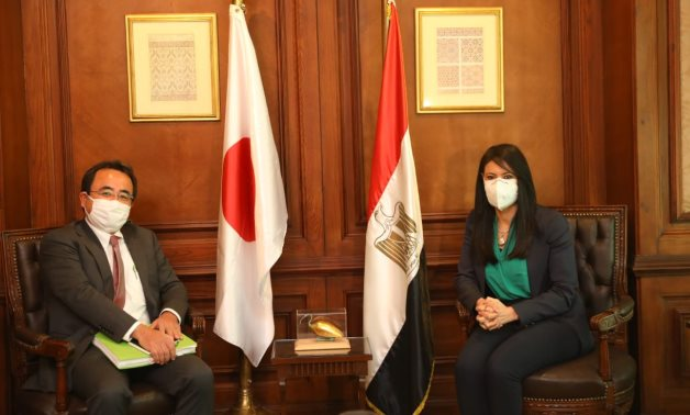 JICA's Regional Director with Minister of International Cooperation - Press Photo