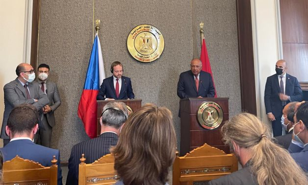 Egyptian Foreign Minister Sameh Shoukry and Czech counterpart, Jakub Kulhanek hold a press conference in Cairo. Egyptian foreign ministry