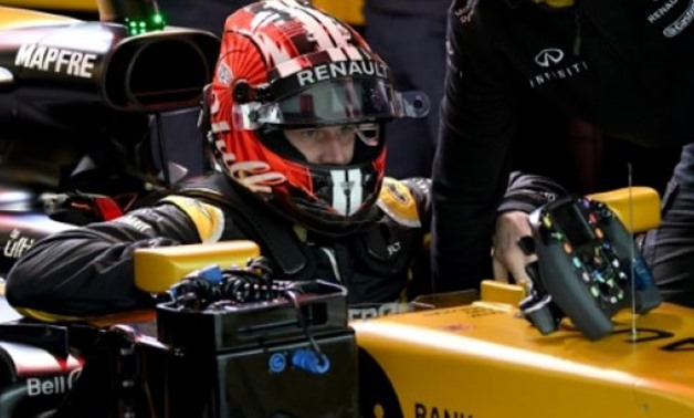 Renault's German driver Nico Hulkenberg prepares for the second practice session of the Formula One Japanese Grand Prix at Suzuka - AFP