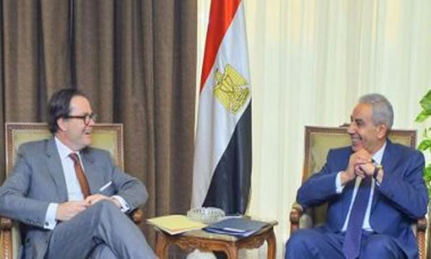 Trade Minister Tarek Kabil during his meeting with the French Ambassador - Press photo
