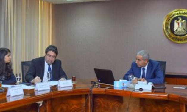 Industry Minister Tarek Kabil during his meeting with S&P's Bhatia
