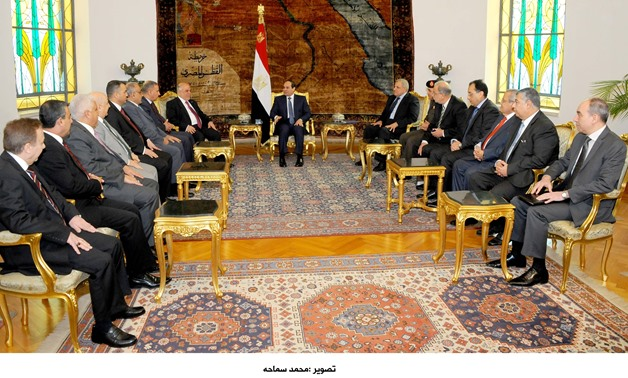 President Sisi (C) meets with Iraqi Prime Minister Haider al-Abadi at Cairo-based presidential office - photo courtesy of the Egyptian Presidency/ File photo