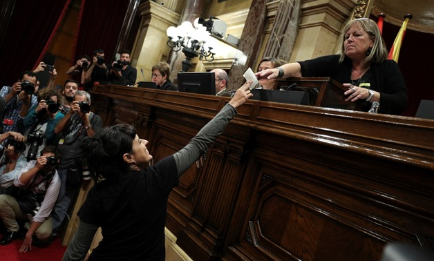 Leftist party CUP leader Anna Gabriel casts her ballot during a vote on independence from Spain during a plenary session at the Catalan regional Parliament in Barcelona, Spain, October 27, 2017. REUTERS/Albert Gea