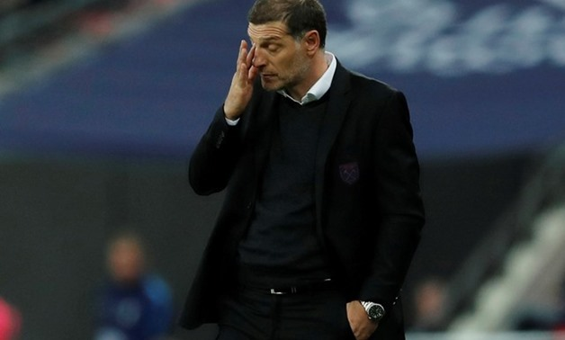 Carabao Cup Fourth Round - Tottenham Hotspur vs West Ham United - Wembley Stadium, London, Britain - October 25, 2017 West Ham United manager Slaven Bilic looks dejected REUTERS/Eddie Keogh EDITORIAL USE ONLY