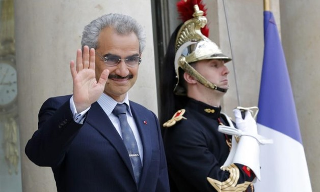 Saudi Arabian Prince Al-Waleed bin Talal arrives at the Elysee palace in Paris, France, to attend a meeting with French President, September 8 , 2016 -