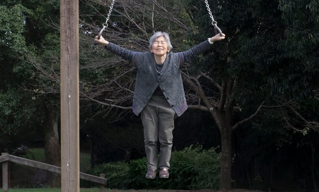 After being introduced to photography at a late age, an 89 years old Japanese grandmother can't stop taking funny self-portraits - Kimiko Nishimoto's Facebook page
