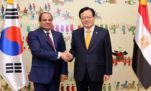 President Abdel Fatah al-Sisi with South Korea's National assembly speaker Chung Ui-hwa during his visit to Seoul in March 2016 - Egyptian presidency