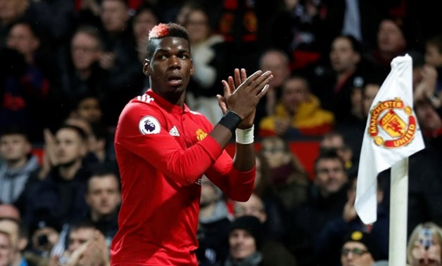 Premier League - Manchester United vs Newcastle United - Old Trafford, Manchester, Britain - November 18, 2017 Manchester United's Paul Pogba applauds the fans as he is substituted Action Images - Reuters