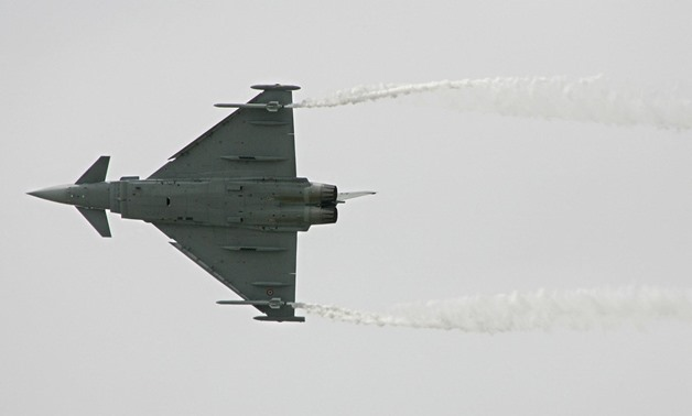 A Eurofighter Typhoon aircraft flies during a display 16 June 2005 at the 46th International Paris Air Show, 16 June 2005. (PIERRE VERDY/AFP