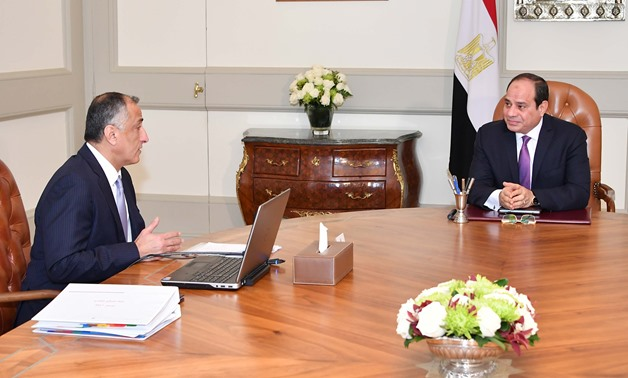 Press Photo - Amer discusses with Sisi the advanced results achieved in the Egyptian economy's performance during the first quarter (Q1) of fiscal year 2017/18.