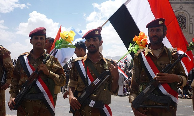 Yemeni soldiers from the 1st Armoured Division in 60st. , Sanaa, May 22, 2011 – Armed Forces of Yemen – Wikipedia/Ibrahem Qasim