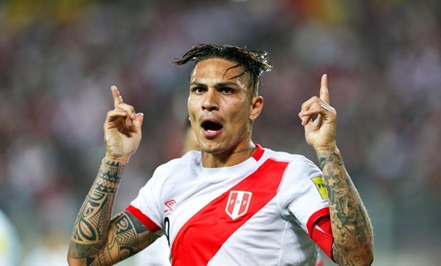 Football Soccer - World Cup 2018 Qualifier - Argentina v Peru - Nacional Stadium, Lima, Peru - 06/10/2016 - Peru's Paolo Guerrero celebrates after scoring -