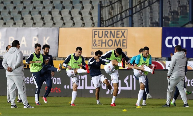 : Soccer Football - Egyptian Premier League - Zamalek vs Al Ahly - Cairo International Stadium, Cairo, Egypt - January 8, 2018 Zamalek players warm up before the match REUTERS/Amr Abdallah Dalsh