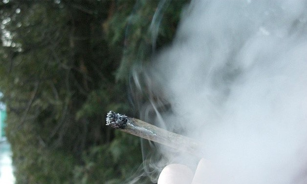 Joint and smoke - Creative Commons via Wikimedia Commons