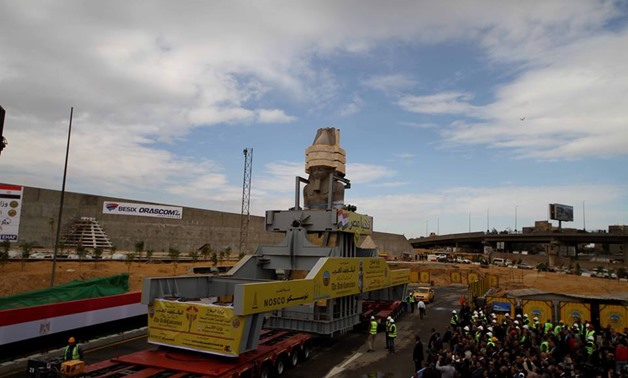 Transfer process of King Ramses II statue from Remaya Sq to GEM on Jan. 25, 2018 - Egypt Today/By Hassan Mohamed