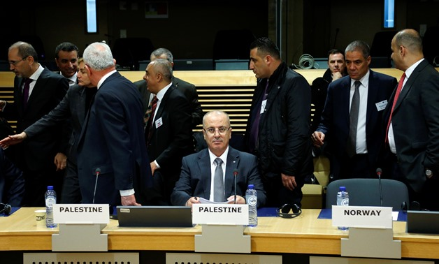 Palestinian Prime Minister Rami Hamdallah attends a session of the International Donor Group for Palestine at the EU Commission headquarters in Brussels, Belgium, January 31, 2018 - REUTERS/Francois Lenoir