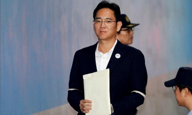 FILE PHOTO: Samsung Electronics Vice Chairman, Jay Y. Lee, arrives at a court in Seoul, South Korea, October 12, 2017. REUTERS/Kim Hong-Ji/File Photo