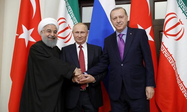 Iran's President Hassan Rouhani, Russia's Vladimir Putin and Turkey's Tayyip Erdogan meet in Sochi, Russia November 22, 2017 / REUTERS/Sputnik/Mikhail Metzel/Kremlin