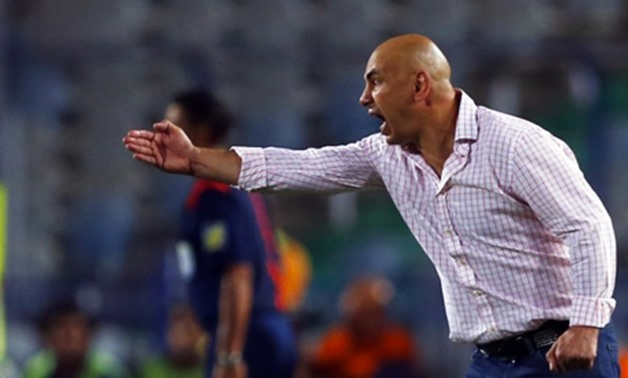 El Zamalek coach Hossam Hassan reacts during their Egyptian Super Cup soccer match against Al-Ahly at Cairo stadium, September 14, 2014. REUTERS/Amr Abdallah Dalsh