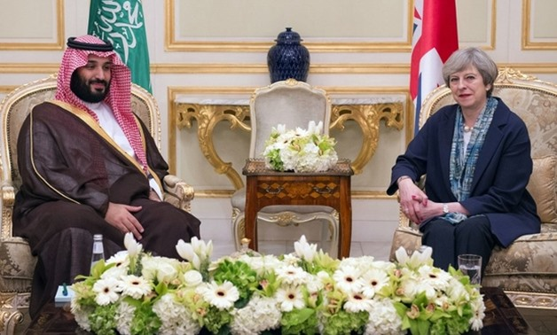 Saudi Deputy Crown Prince Mohammed bin Salman (L) meeting with British Prime Minister Theresa May in the capital Riyadh 4 April 2017 - AFP/Bandar al-Jaloud/Saudi Royal Palace
