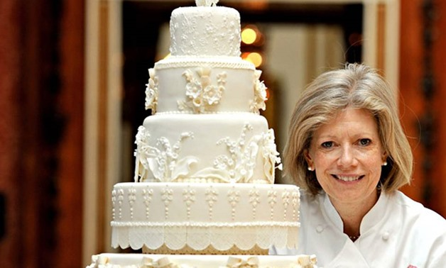 wedding cakes makers south wales uk royal wedding cake to be made by based 24970