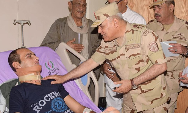 Defense Minister Colonel General Sedki Sobhy during his visit to soldiers who got wounded in terrorist attacks in Sinai – Press photo