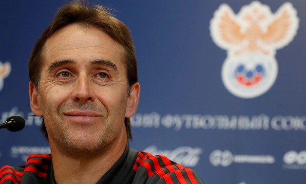FILE PHOTO: Soccer Football - Spain news conference - International Friendly - Petrovsky Stadium, St. Petersburg, Russia - November 13, 2017 - Spain's coach Julen Lopetegui attends a news conference before friendly match against Russia. REUTERS/Maxim Shem