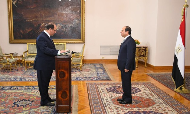 Major-General Abbas Kamel took the constitutional oath before President Abdel Fatah al-Sisi as the new Director of the Egyptian General Intelligence Directorate (GIS) on Thursday - Press photo/Presidency