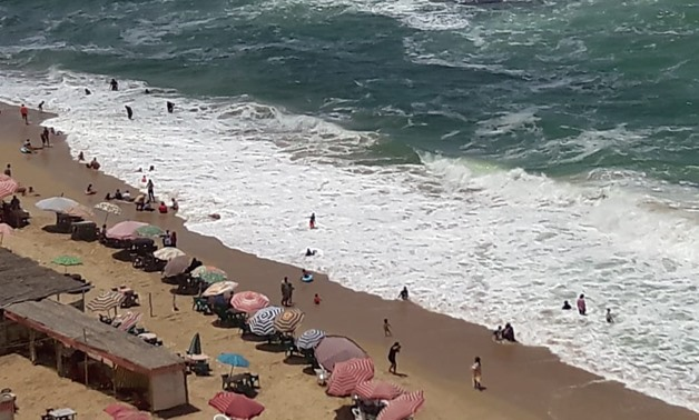 High waves in Alexandria cause 10 drowning cases