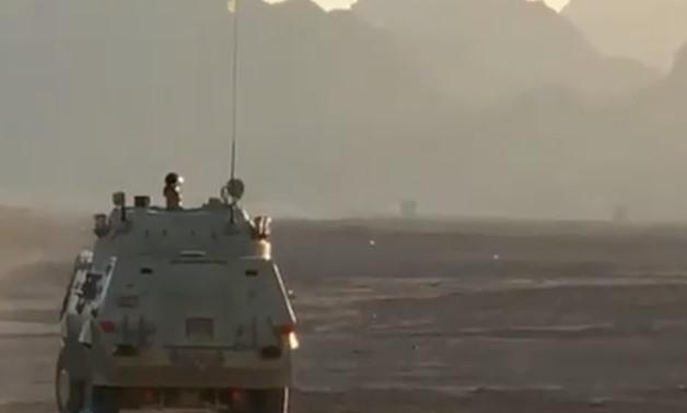الجيش المصري ينصب منصات صواريخ  Konkurs على متن مدرعاته نوع Fahd 240 50183