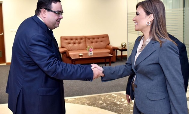 New appointed CEO of GAFI Mohsen Adel with Minister of Investment Sahar Nasr – Press photo.
