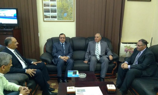 Min. of irrigation visits inspector general of Egyptian Irrigation in Sudan