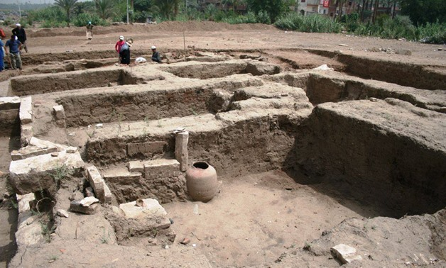The Egyptian archaeological mission in Mit Rahina discovered a huge archaeological building in Demerdash basin area located 400 km north of Mit Rahina Museum - Ministry of Antiquities Official Facebook Page.