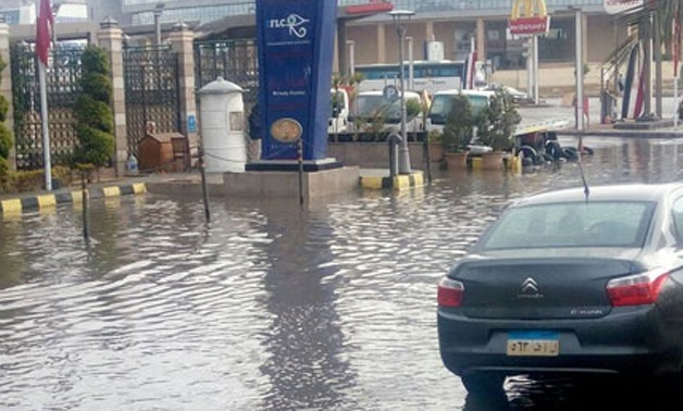 A wave of bad weather and rainfall at the 5th settlement district in Cairo on Jan. 25, 2018