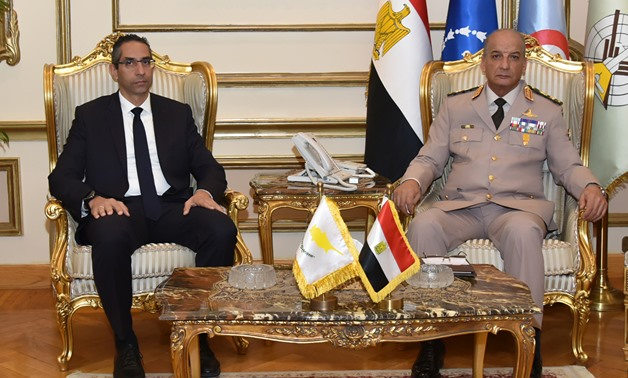 Egypt's Defense and Military Production Minister Mohamed Zaki and his Cypriot counterpart Savvas Angelides - Press photo
