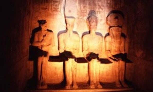 2,000 tourists witness solar illumination of King Ramses II