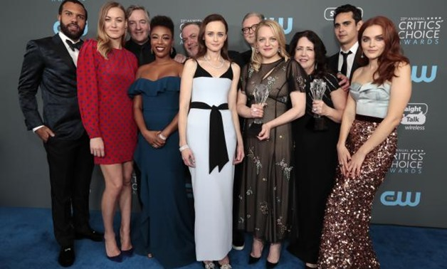 "FILE PHOTO: 23rd Critics' Choice Awards – Photo Room – Santa Monica, California, U.S., 11/01/2018 – The cast of ""The Handmaid's Tale"" poses with their award for Best Drama Series. REUTERS/Monica Almeida."
