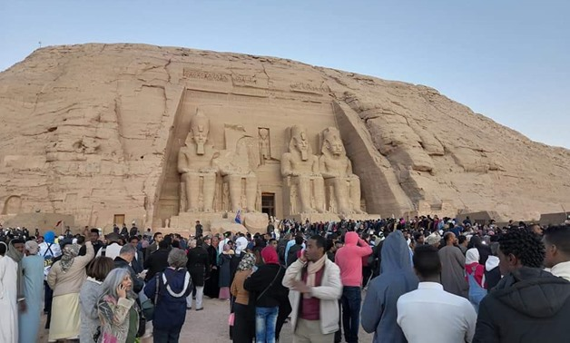Thousands of visitors watch sun alignment at Abu Simbel        statue in Aswan-Egypt Today/Abdullah Salah