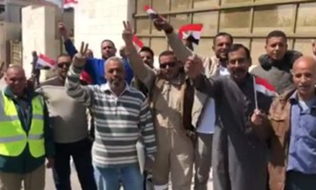 The Egyptian expatriates in Jordan have started to vote in the referendumز