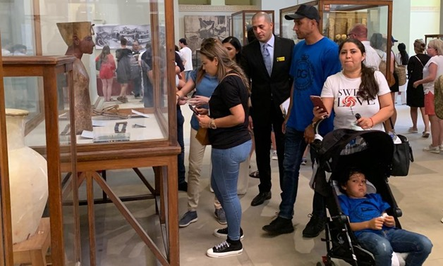 Costa Rican goalkeeper for Real Madrid Keylor Navas and his family visit the Egyptian Museum in Cairo- Egypt Today/Ahmed Essam