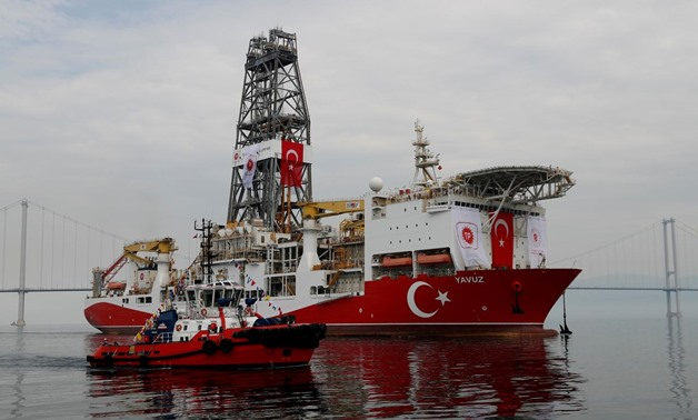 FILE PHOTO: Turkish drilling vessel Yavuz sets sail in Izmit Bay, on its way to the Mediterranean Sea, off the port of Dilovasi, Turkey, June 20, 2019. REUTERS/Murad Sezer/File Photo