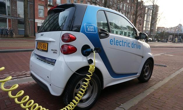Electric car- CC via Pixabay/mmurphy
